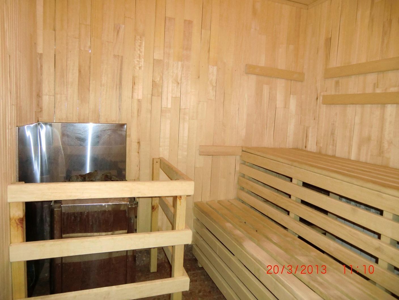 foto-chastnoe-sauna-russkie-na-plyazhe-devushki-porno