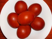Красное яйцо на пасху